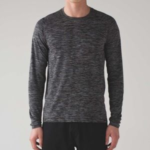 Lululemon Metal Vent Tech Long Sleeve shirt